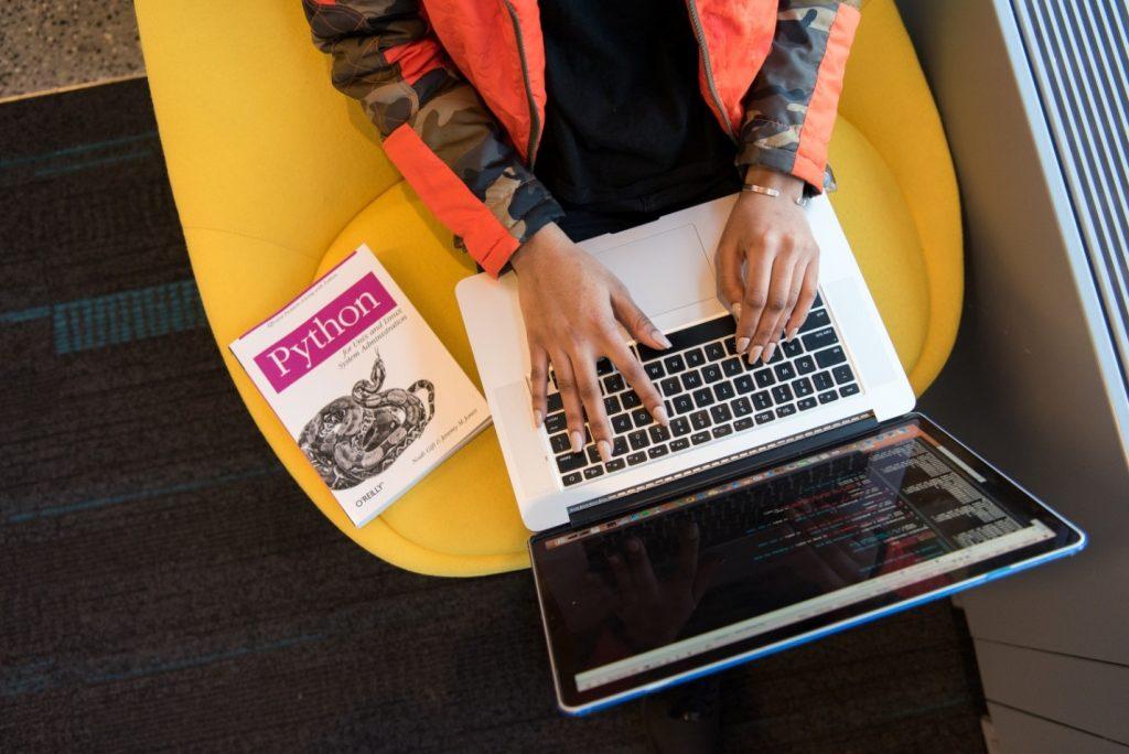 python programming on the laptop